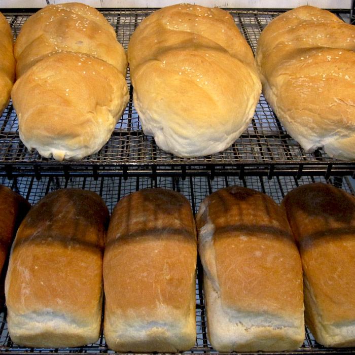 Breads, Rolls & Buns